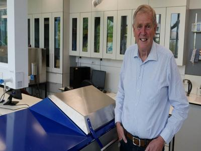 Professor Butler and the MARS scanner is attached.  Photo:  University of Canterbury.