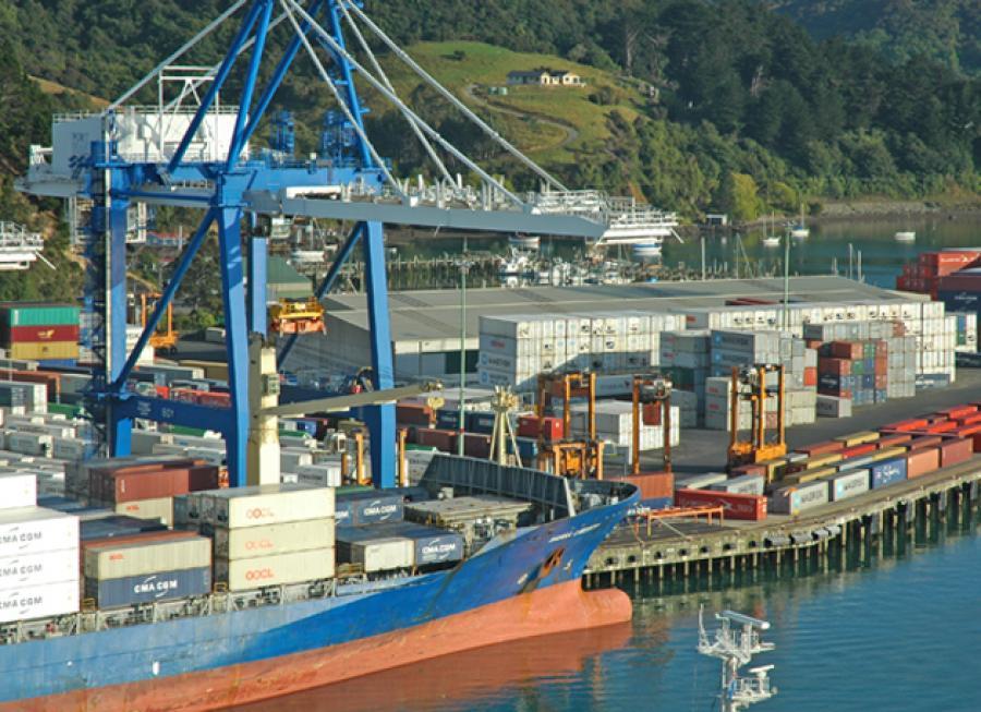 Kalmar receives straddle carrier order for Port Otago