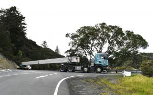 The transporter carrying one of the 30m beams. The rear unit is remote controlled by a second driver to get the beams around tight corners