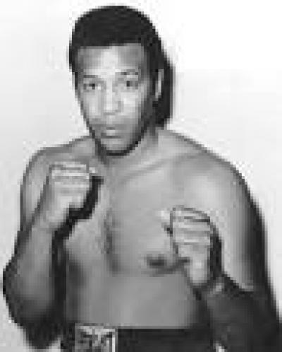 Boxing Escapes Censure in a Politically Correct Society