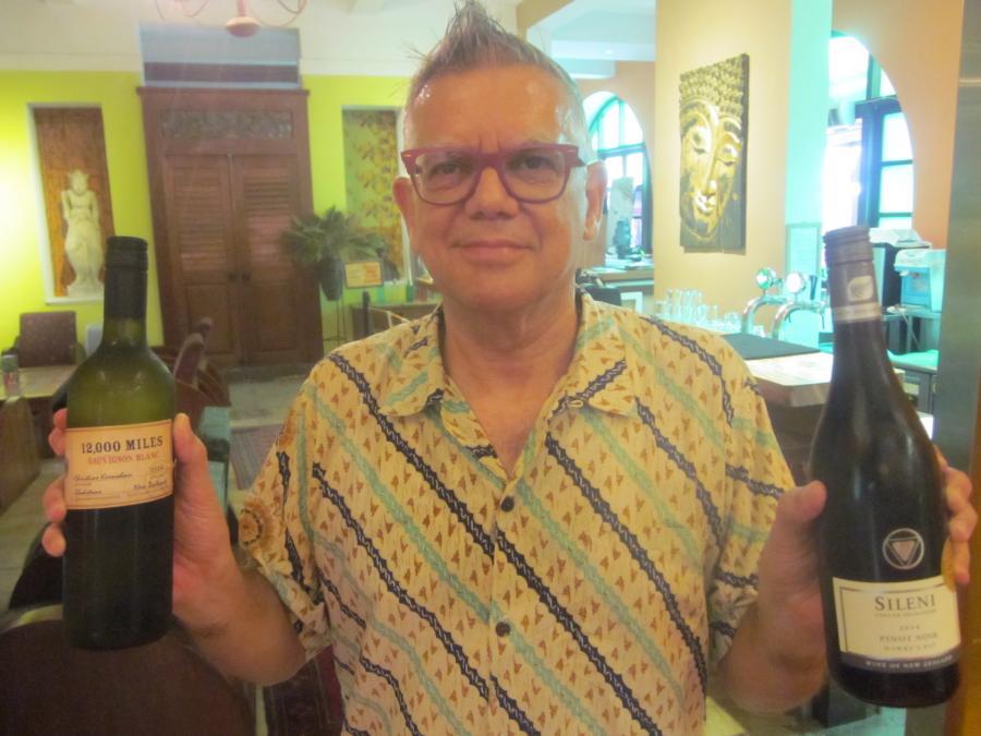 Singapore Restaurateur Robin Greatbatch keen on NZ Wine