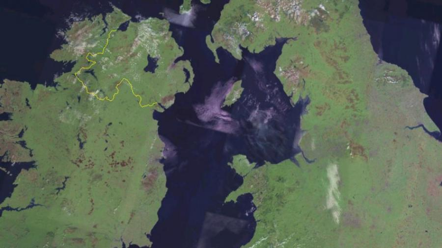Politicians back proposed bridge linking Scotland and Northern Ireland