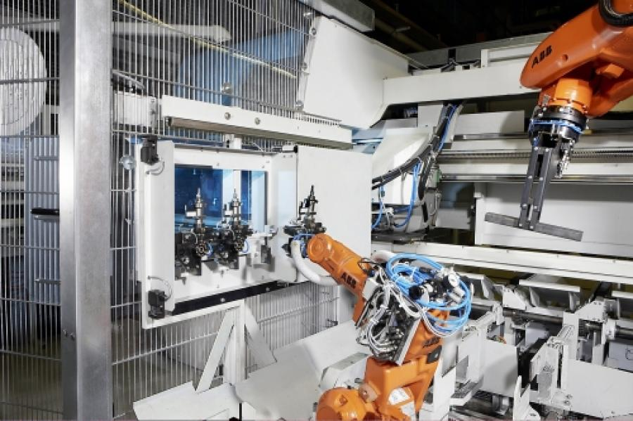 Robotic handling raises sawing productivity