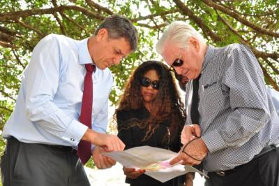 ounder/CEO Rendeavour Stephen Jennings, Managing Director Gallagher Power Systems Ltd (EA) Edith Wragg, Chairman/CEO Gallagher Group Limited Sir William Gallagher KNZM MBE HonDr at Tatu City, Kenya