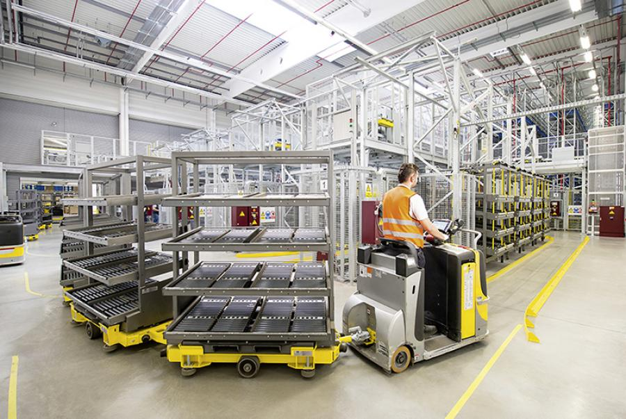 """Alliance of 7 companies in Japan formed a """"Flexible Factory Partner Alliance"""" ."""