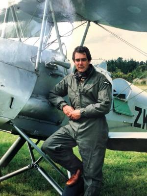Dr Wallace Metcalfe Pitcairn Mutineer descendent Obstetrician & Pilot Collapses, Dies, in Melbourne