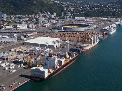 World's largest shipping line returns to Wellington
