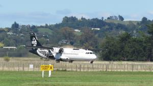 Air New Zealand ATR-72 taking off from Napier Airport