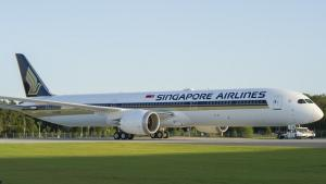 World's first 787-10 Dreamliner delivered to Singapore Airlines