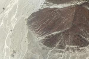 Nazca line of 'The Astronaut' |
