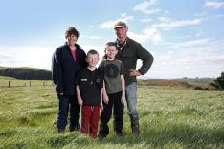 Farmers' innovative silo system wins school a coaching session with Richard Loe