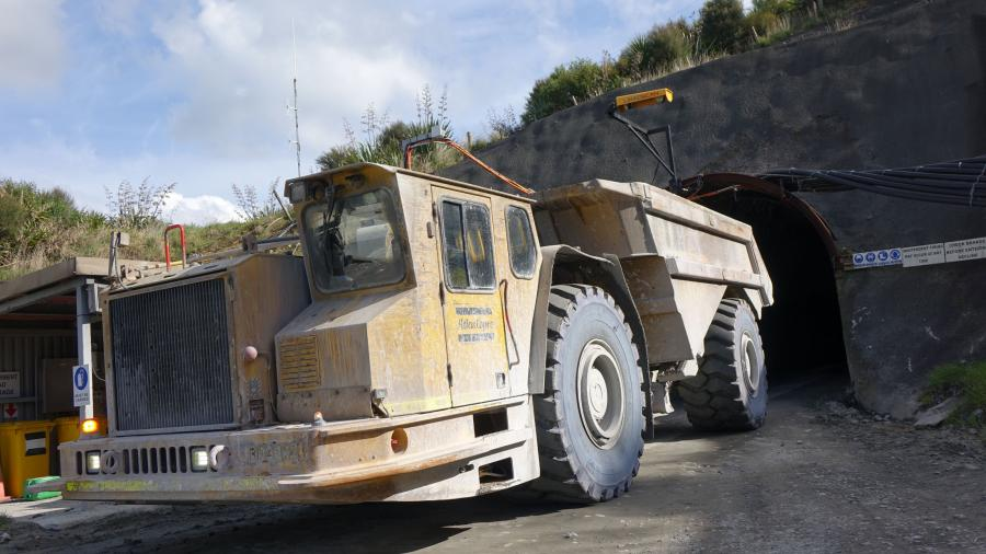 Gold mine enjoys increased trucking factors